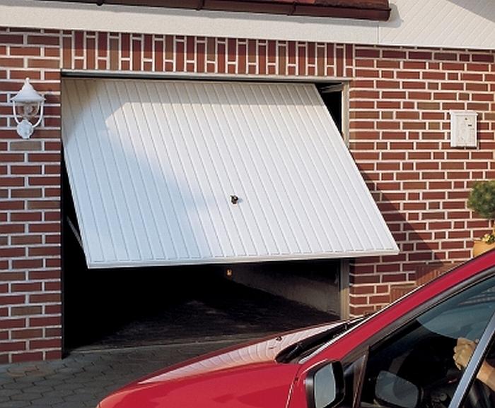 """Kipujuća garažna vrata<br>""""Berry Pearl"""""""